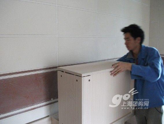 明黄色橱柜点亮厨房 齐家网友橱柜安装案例(全文)图片