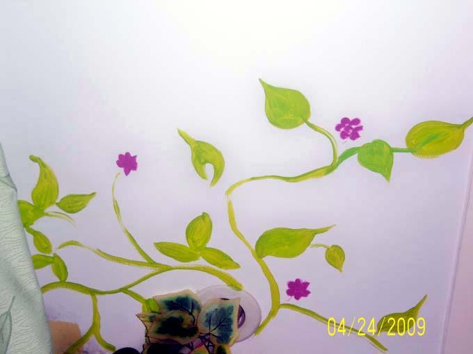墙绘无处不在 网友28图晒紫色瑰丽的梦幻居所(全文)