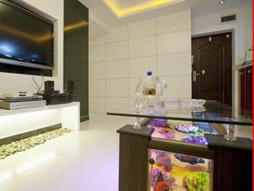 120平装修温馨优雅 三口之家现代+混搭三室