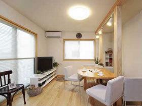 实木翻新78平阁楼 温馨实用墙内增容
