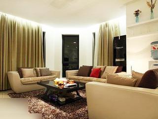 80后设计简约家 127平低调奢华新婚房