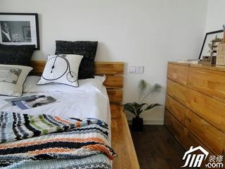 卧室装修效果图167