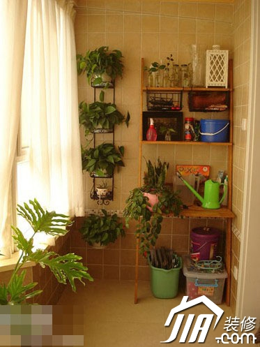 阳台好风光,小空间被我们打造成了小花园.图片