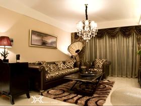 低调奢华欧式 璀璨灯光下的温馨居室