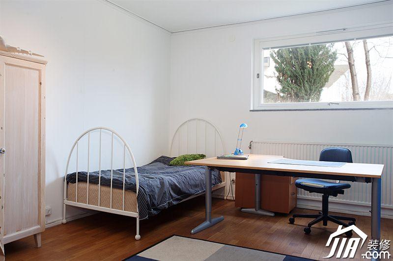 卧室装修效果图422