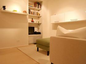 超大衣帽间 单身美女省钱打造舒适公寓
