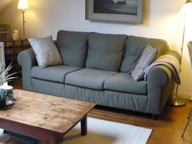 舒适小阁楼 简约实木家具