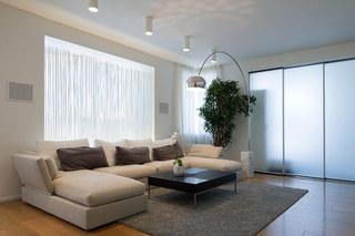 个性电视背景墙 简洁时尚家居装