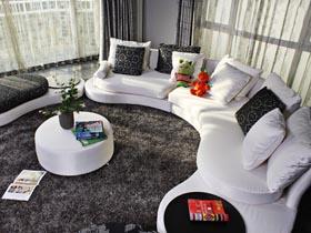 別致客廳沙發裝 清新宜人三居室