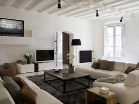 實木打造 巴塞羅那130平現代公寓