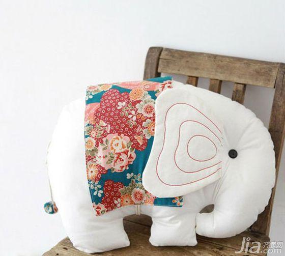 8款可爱居家抱枕 动物+编织点亮特色空间