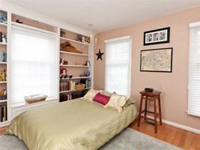 卧室装修效果图813