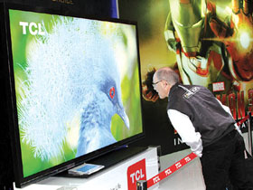 智能电视体验为王 新型显示中国崛起