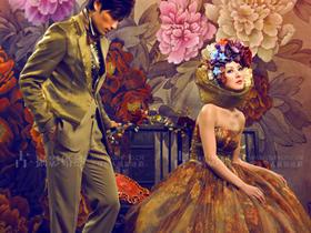 花开富贵节节高 奢华头饰服装打造油画质感