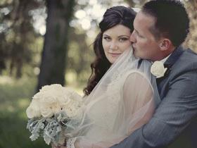梦幻紫色草地婚礼 记录最甜蜜的时刻