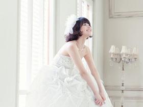 围棋形象大使李英雅 唯美韩式婚纱照赏