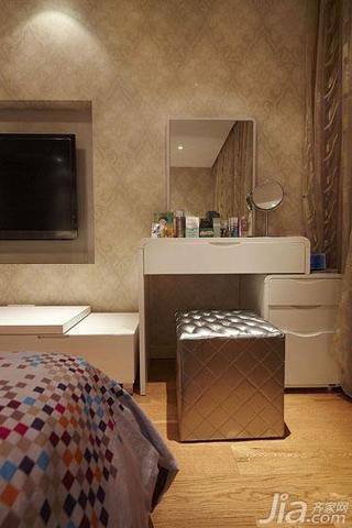 现代简约风格四房140平米以上卧室电视背景墙梳妆台效果图
