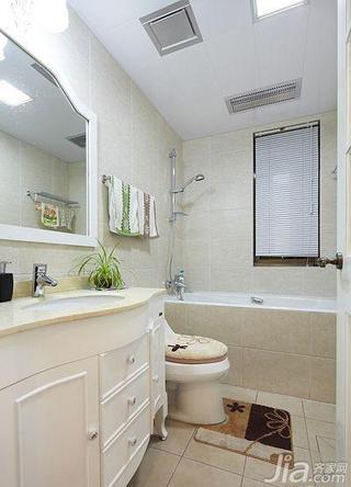 简欧风格二居室120平米卫生间吊顶洗手台效果图