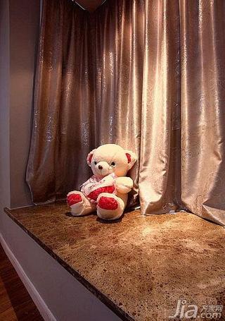 简约风格三居室100平米飘窗窗帘效果图