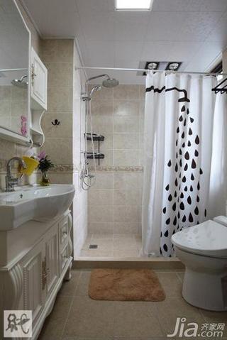 宜家风格二居室60平米卫生间吊顶装修效果图