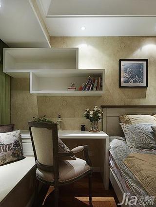 美式风格三居室130平米飘窗书桌效果图