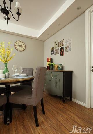 美式风格三居室富裕型餐厅背景墙餐边柜效果图