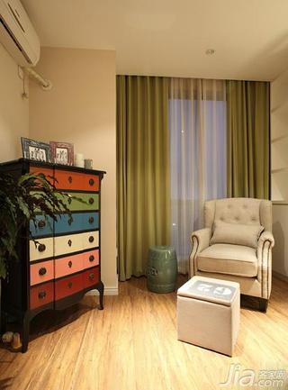 美式风格三居室富裕型卧室地板图片