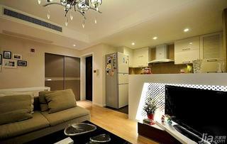 简欧风格二居室70平米开放式厨房电视背景墙装修效果图