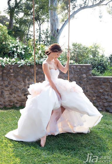 简单新娘发型步骤图解图片