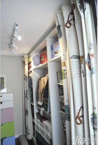 宜家风格二居室90平米衣帽间装潢
