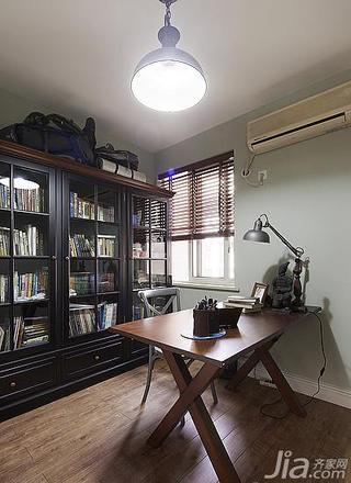 美式风格三居室90平米书房书柜效果图