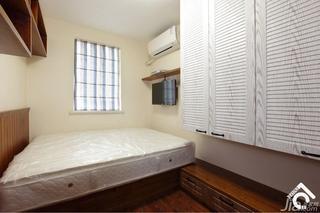 简约风格二居室80平米卧室地板效果图