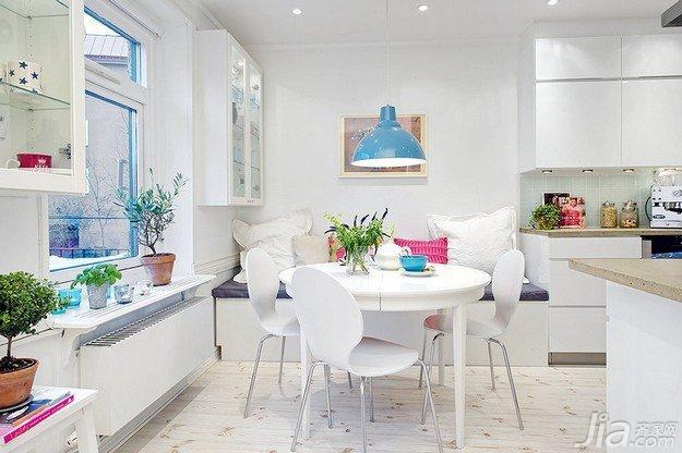 北欧风格公寓白色70平米餐厅灯具海外家居
