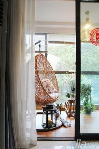 混搭风格三居室富裕型阳台效果图