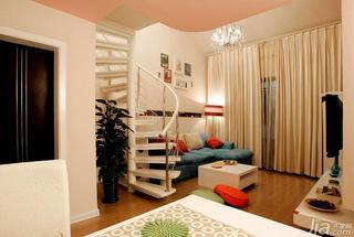 现代简约风格复式100平米客厅楼梯窗帘效果图