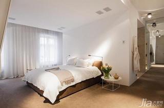 北欧风格复式卧室装潢