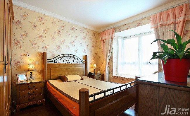 地中海风格复式90平米卧室实木床图片