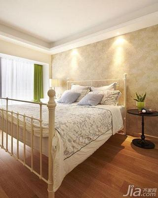 美式风格富裕型140平米以上卧室卧室背景墙铁艺床效果图
