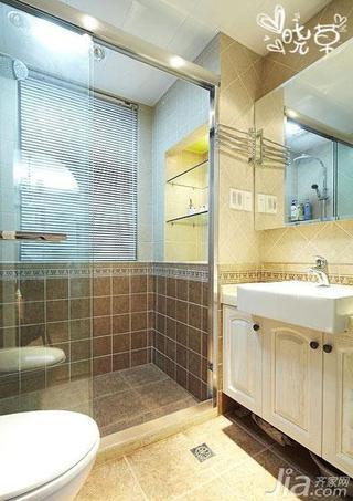 美式风格三居室120平米卫生间装潢