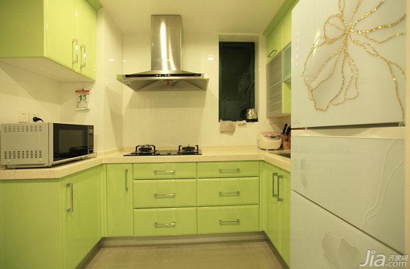 现代简约风格三居室绿色100平米厨房橱柜效果图