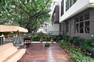 东南亚风格别墅豪华型花园装潢