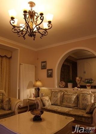欧式风格别墅10-15万客厅灯具新房平面图