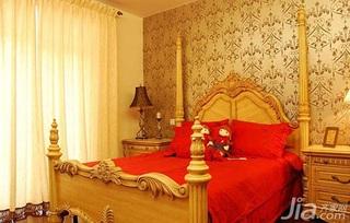 欧式风格二居室卧室壁纸婚房家装图