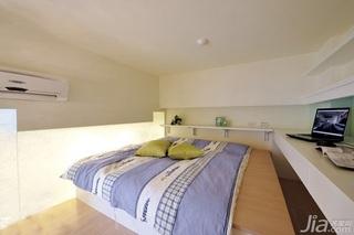 简约风格复式舒适10-15万60平米阁楼床效果图