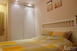 宜家风格一居室经济型卧室衣柜安装图
