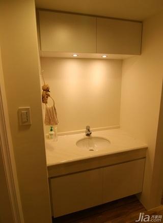 简约风格二居室5-10万90平米卫生间洗手台婚房家装图片