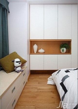 欧式风格二居室简洁10-15万70平米卧室地台衣柜新房家居图片