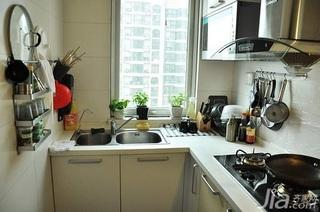 日式风格一居室3万以下60平米厨房橱柜新房家装图片