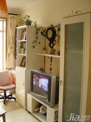 简约风格二居室3万以下50平米客厅电视背景墙电视柜效果图