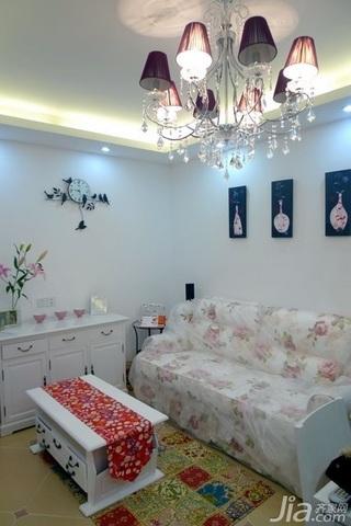 欧式风格二居室10-15万80平米客厅沙发图片
